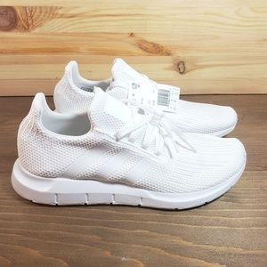 Adidas Mens Swift Run White Mens 10.5 NWT #B37725